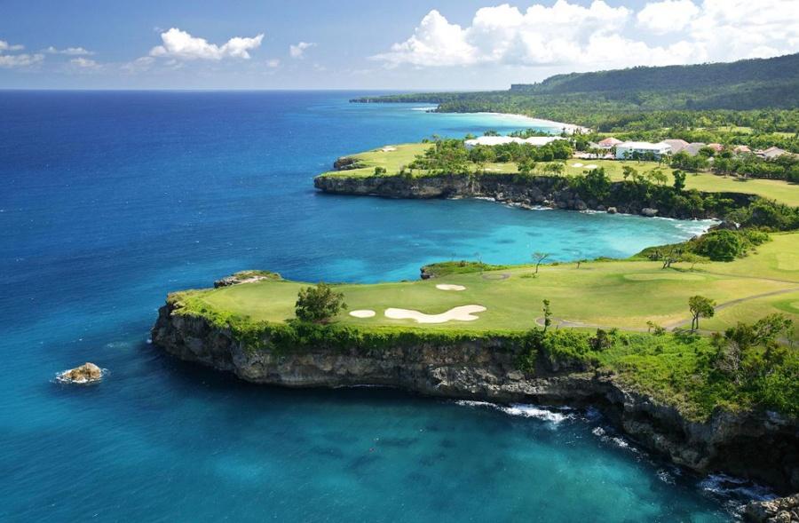 Golf polya. Dominikana