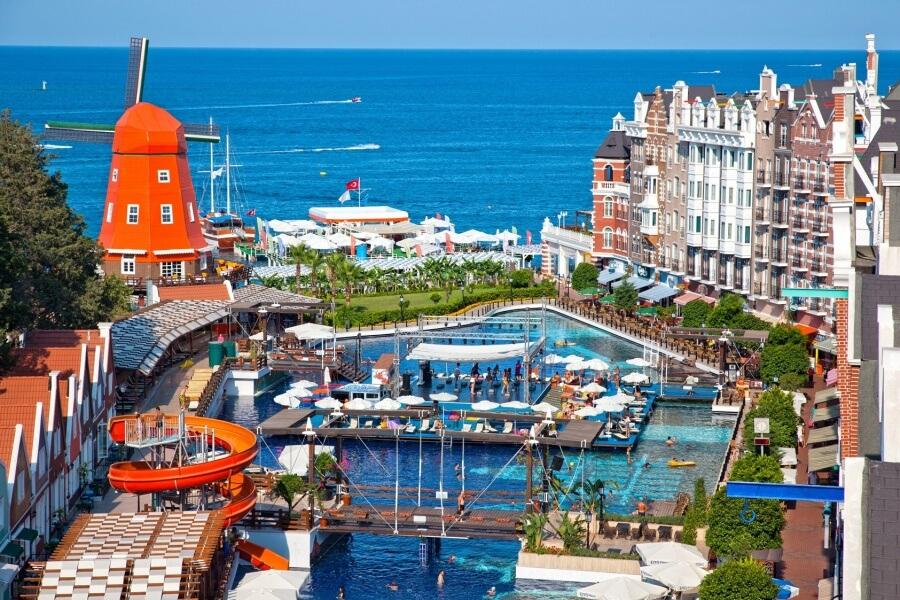 Тусовочный отель Турции
