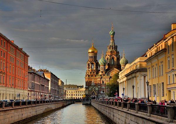 st-petersburg-russia-3747214_640